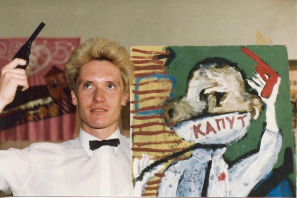 Gustav with Oleg Kotelnikov's painting